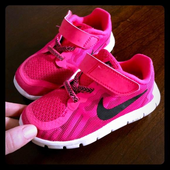 Nike Shoes   Toddler Girls Hot Pink
